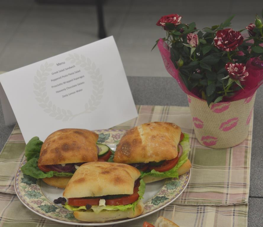 Greek Salad Sandwich-Intermediate Division